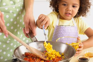 cooking-with-kids_612